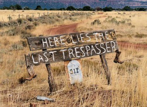 25 Brutally Honest No Trespassing Signs
