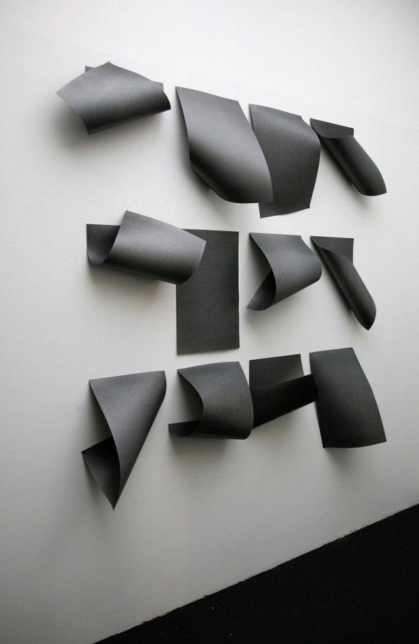 Diogo Pimentao, Documented description, 2012  (c) Courtesy de l'artiste et de la galerie Yvon Lambert  http://www.offi.fr/expositions-musees/fondation-ricard-3638/lapparition-des-images-47841.html