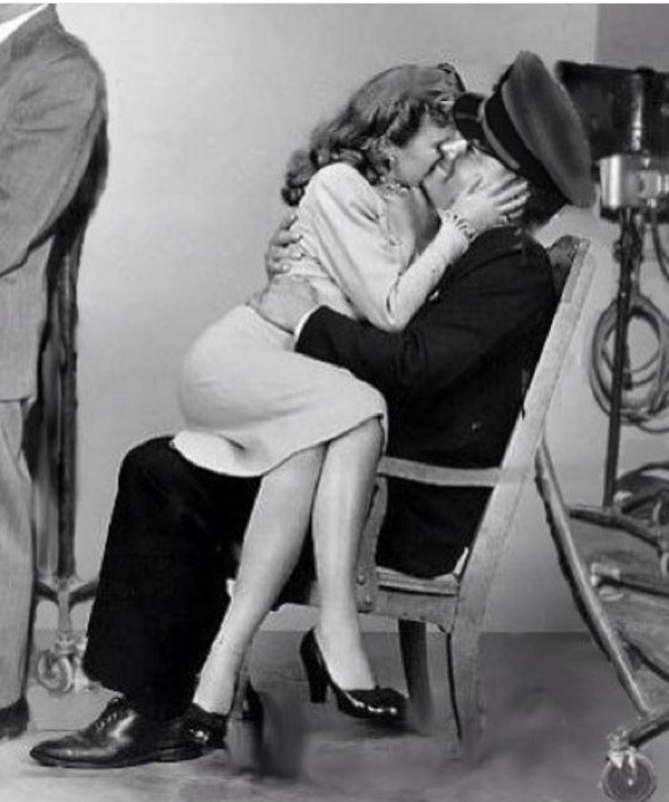 Barbara Stanwyck and her husband Robert Taylor
