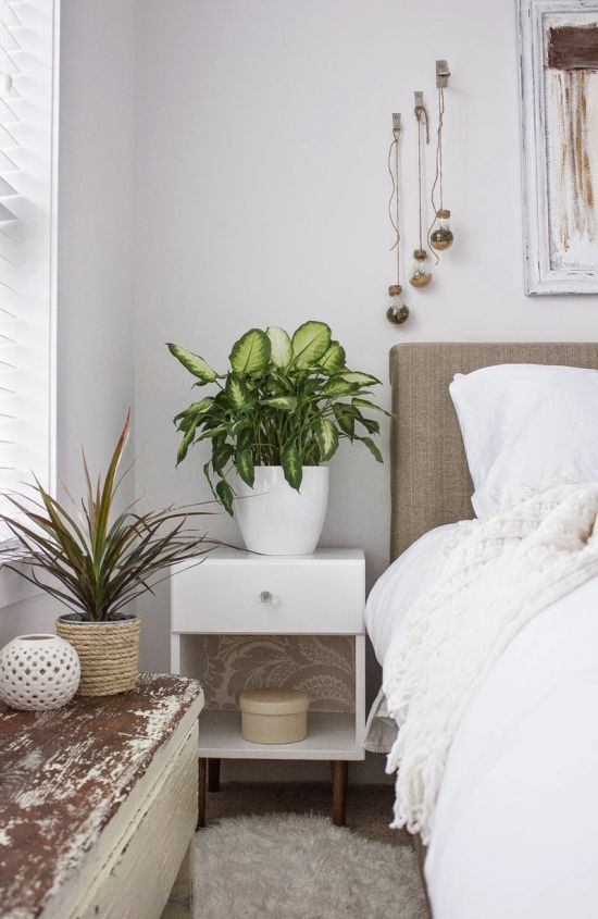 17 best nightstand ideas on pinterest night stands for Palm tree living room ideas