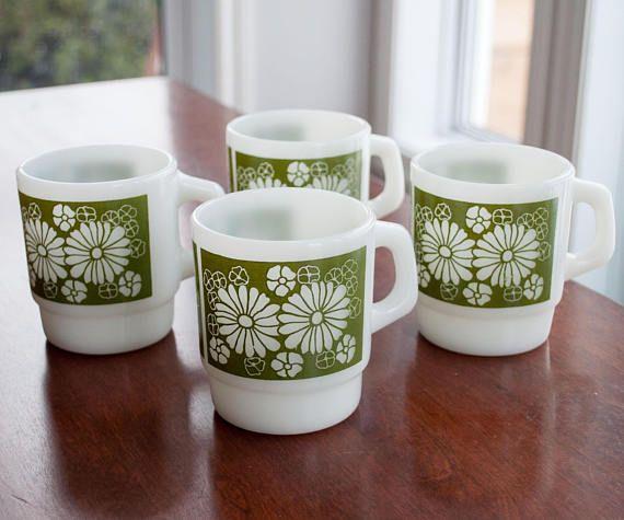 4 Vintage mugs FireKing/Anchor hocking with green flower