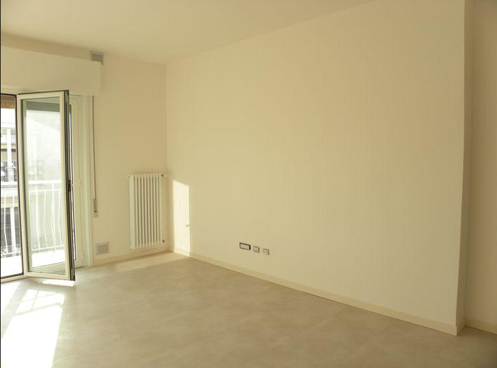 Appartamento in vendita Riccione mare Rif. A81