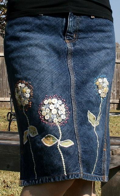 ButtonArtMuseum.com - jeans flower skirt
