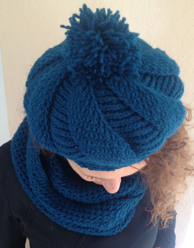Set knitted scarf and bonnets in turquoise color by stellaknittingshop on Etsy