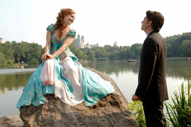 Enchanted (2007)  Amy Adams in this unapologetically silly fantasy which sees cartoon princess Giselle being sucked into NYC thanks to wicked witch Susan Sarandon.  Best moment? When Giselle tries to re-enact Snow White's house-cleaning shtick in a New York apartment, but instead of getting help from cute birds and fluffy bunnies, she summons a load of sewer rats and manky pigeons.