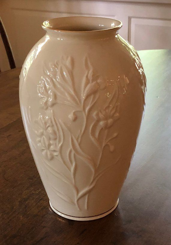 Lovely Vintage Lenox Vase Embossed Flowers Gold Trim Masterpiece