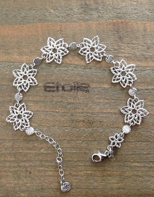Bracciale in argento satinato con #fiori