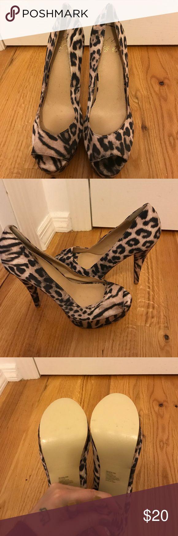 Colin Stewart Cheetah Heels Never worn Colin Stewart Cheetah Heels SZ 9 Colin Stuart Shoes Heels
