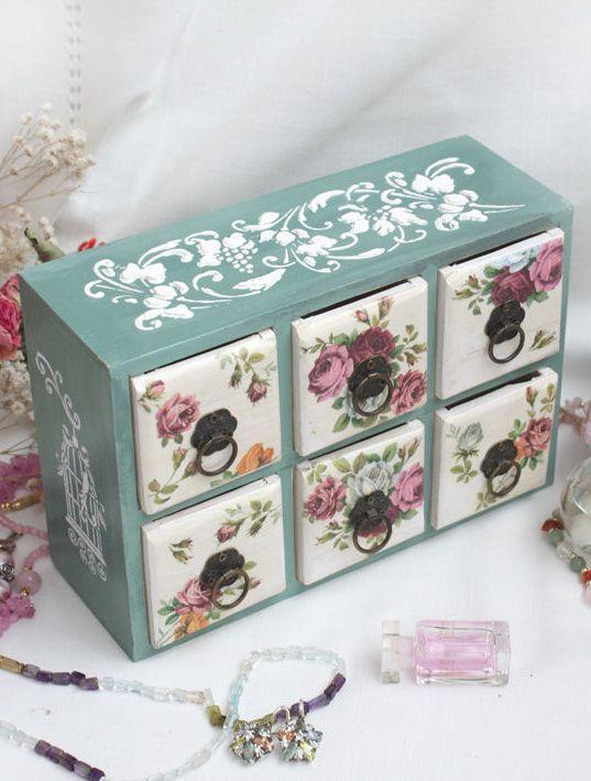 J.M   Box