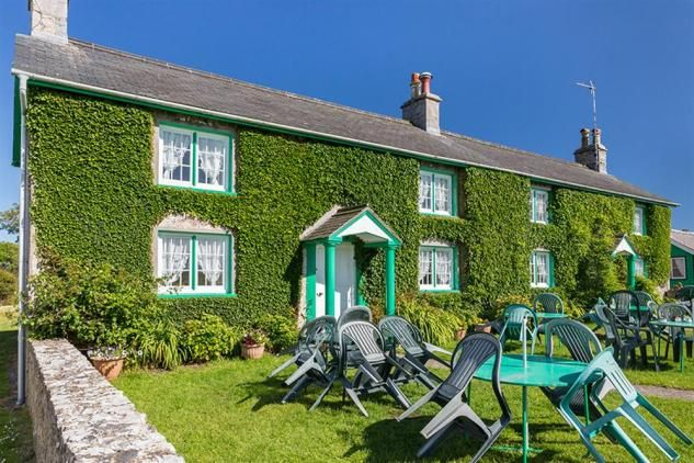 This holiday cottage is situated in the heart of the small village of Bosherston, within 1 mile of three of the most beautiful and picturesque areas of Pembrokeshire; Bosherston Lily Ponds, St Govans Chapel and Broad Haven Beach. These areas of outstanding beauty and varied wildlife are protected by Pembrokeshire National Parks and the National Trust.