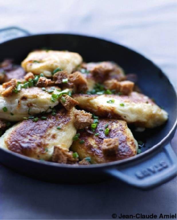 Quenelles de fromage blanc aux herbes pour 6 personnes - Recettes Elle à Table
