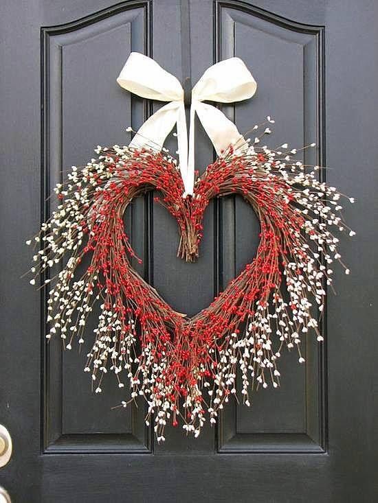 The Kissing Wreath - Door Wreaths - Valentine's Day Wreath - Heart Wreaths…