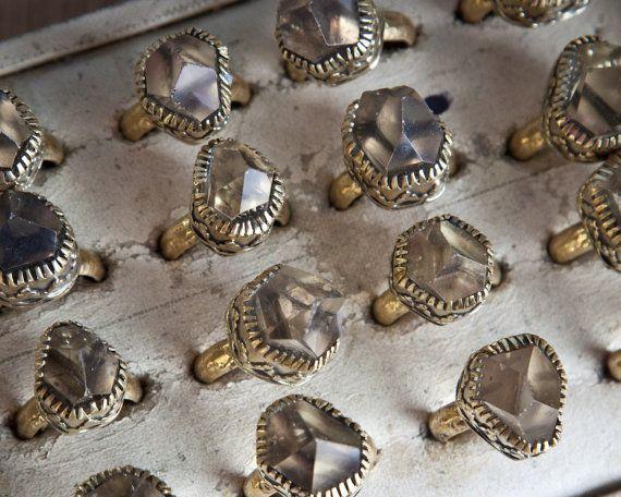 Rauwe witte kwarts antieke gouden heks instructie ring boho