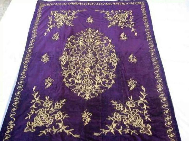 'Yatak örtüsü'  (bed cover).   'Goldwork' embroidery on velvet; technique: 'sarma' / 'Maraş işi'.  Late-Ottoman, ca. 1900.