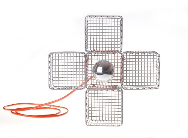 It's a simple chandelier less than 50cm diameter composed of metal baskets connected with plastic cable ties in a smart way, so they solid fixed.