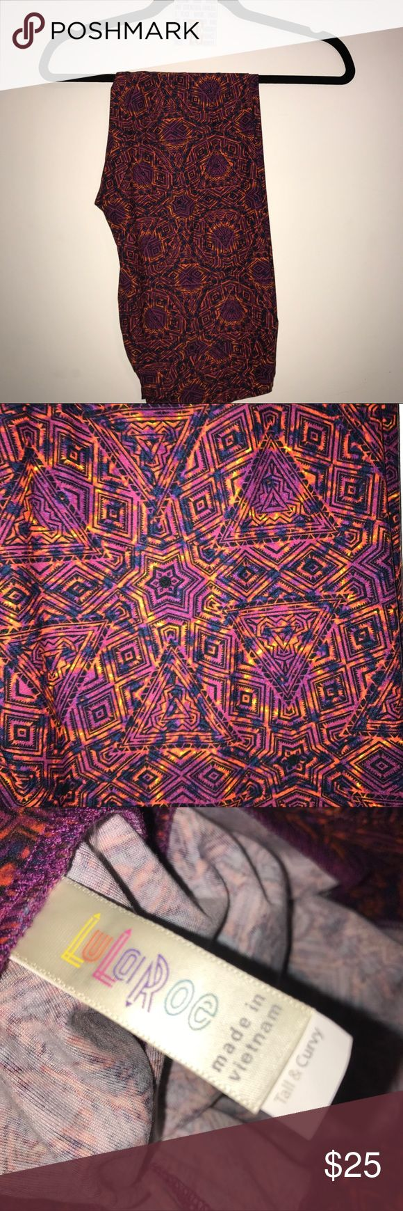 NWT lularoe leggings TC Purple w/geometric pattern BNWT lularoe leggings TC Purple Background w/ purple pink orange yellow geometric patterns including STARS. Gorgeous! TC fits 12-22/24 but choose 1x below. Ask me if you have any questions! LuLaRoe Pants Leggings