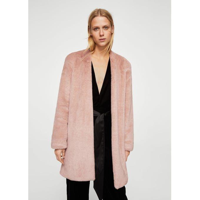 Shoulder pad faux fur coat