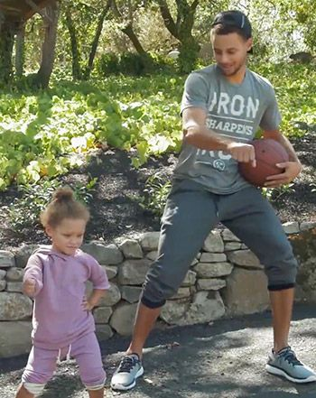 Stephen Curry's Daughter Riley Curry Perfectly Nails the Nae Nae - Us Weekly