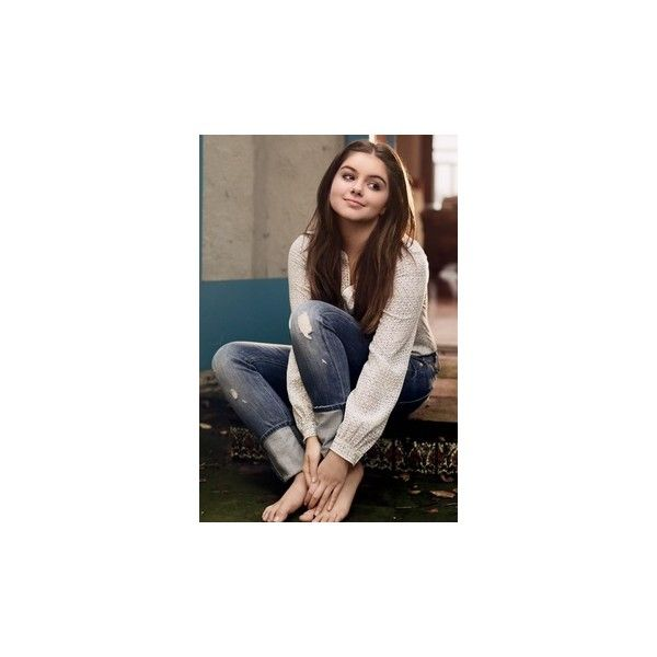 Ariel Winter Ariel winter ❤ liked on Polyvore featuring accessories and people