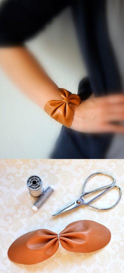 Ingeniosa pulsera en forma de lazo