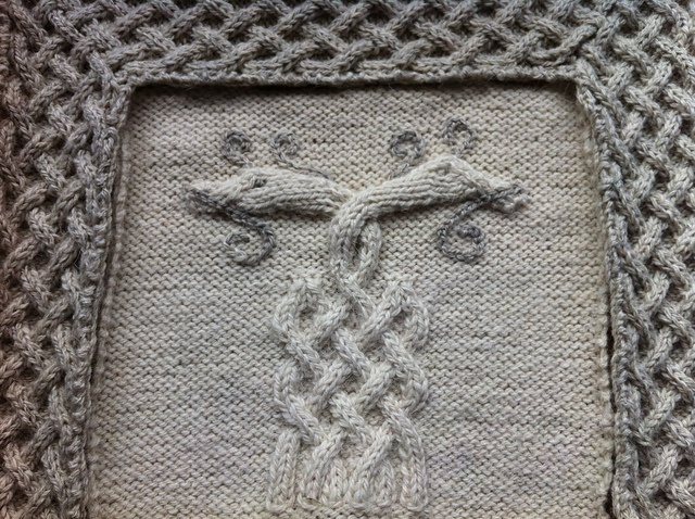 Hollyknit1's Viking knotwork blanket  Viking Patterns for Knitting - Elsebeth Lavold