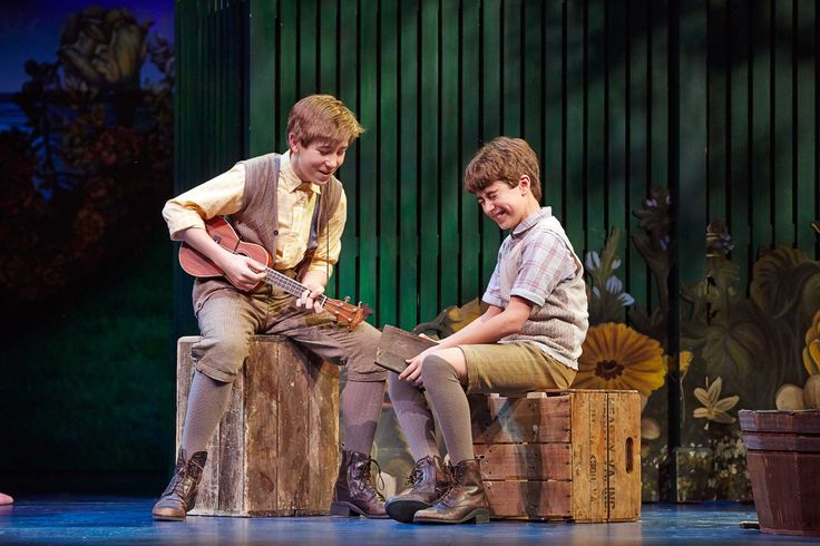 FINDING NEVERLAND at ASU Gammage March 14-19, 2017  Sawyer Nunes and Aidan Gemme of the Original Broadway Cast (c)Carol Rosegg