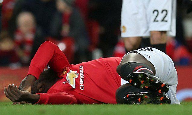 Manchester United star Romelu Lukaku suffers head injury