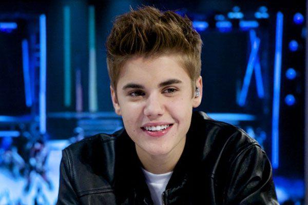 Justin Bieber – Backstage Interview (NYRE 2013)