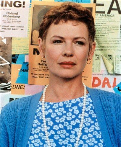 Lucy (Dianne Wiest) (© Warner Br/Everett/Rex Features)
