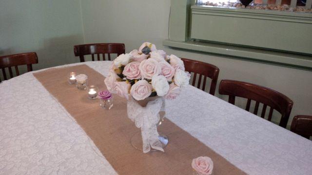 #burlaprunner #vasewithflowers #vintage #lace #tealights