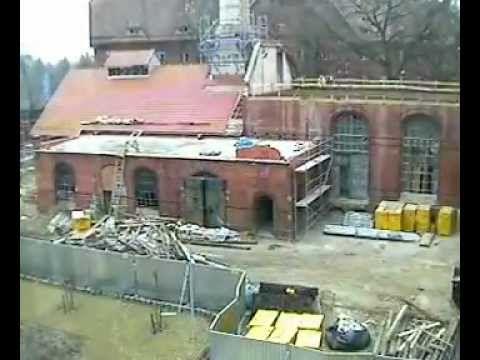 Od sierpnia 2011 r. trwa wielki remont budynku 1 B i C w naszym Kampusie Pracze we Wrocławiu. Po zakończeniu prac, będą w nim pracować specjaliści od bio- i nanotechnologii mający do dyspozycji najlepszy sprzęt badawczy. Zobaczcie, jak przebiega remont pod czujnym okiem naszej kamery.