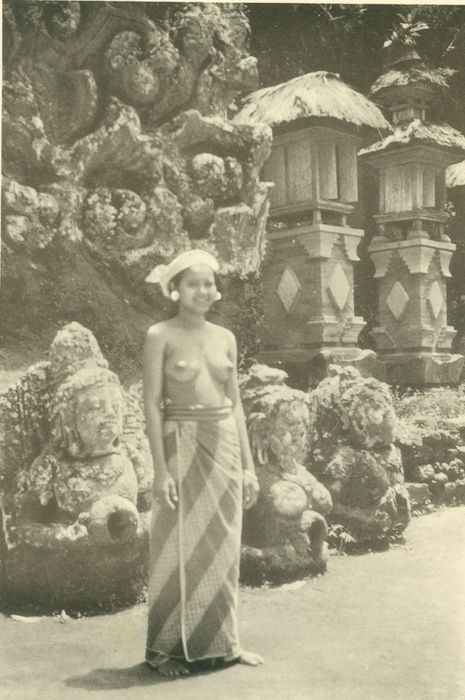 Bali; A.S.N. Wadia - The Belle of Bali. Being impressions of a pleasure cruise to the Dutch East Indies via Cochin, Colombo, Penang, and Singapore - 1936.