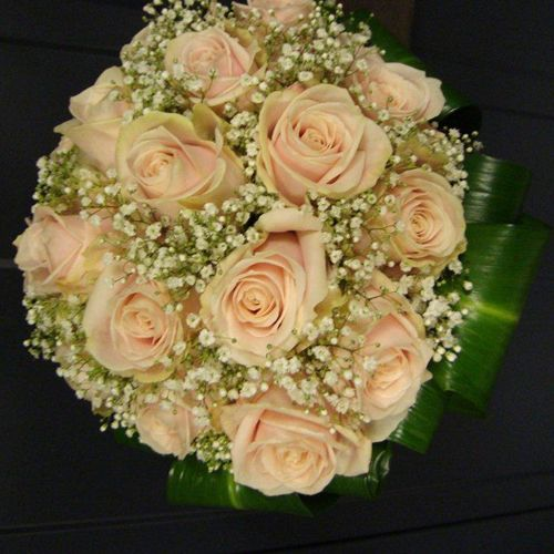 bruidsboeket rozen gipskruid - Google zoeken