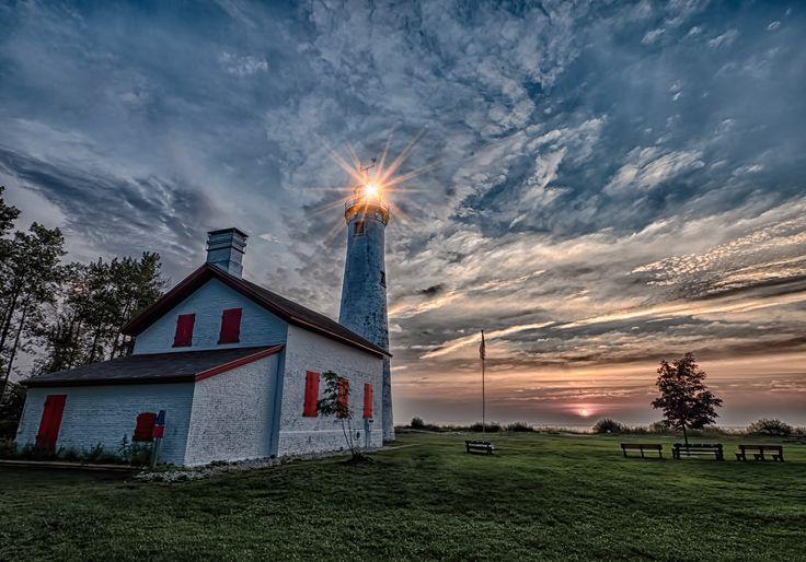 Sturgeon Point #Lighthouse    http://dennisharper.lnf.com/
