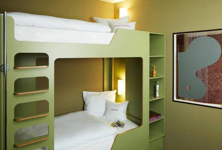 Etagenbettzimmer Bunk Bed Room