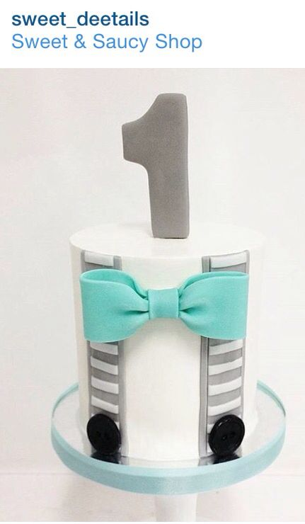 Grey and real Bow tie cake