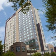 The Renaissance Atlanta Midtown Hotel is a stylish, urban hotel located in the heart of Midtown Atlanta. #midtown #atlanta
