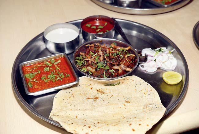 Kolhapuri Mutton Sukha   #Maharashtra #Food #Kolhapuri #Mutton #Spicy #Recipes