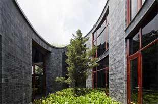 Casa in pietra con tetto giardino dal Vientam