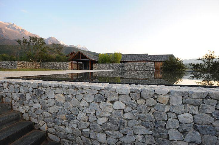 water house | atelier li xiaodong | at the base of the adjacent Yulong Mountain | Lijiang, China