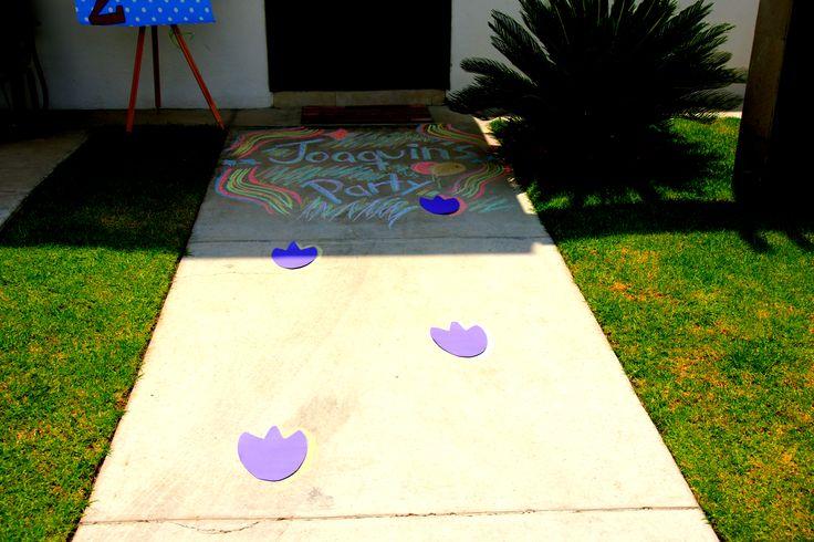 Barney footprints and chalk decor