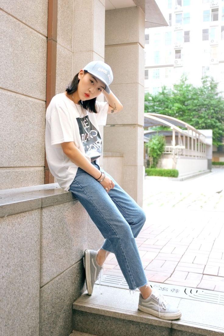 쟄조 데일리룩/ 블랑스와르 티셔츠, 참스 스냅백, 아케마켓 중청, 반스 어센틱,여자 여름코디 : 네이버 블로그