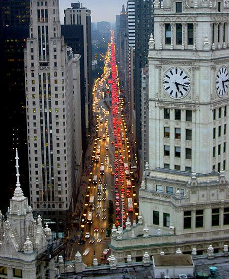 Michigan Avenue ribbon from above (Chicago Pin of the Day, 12/29/2014).