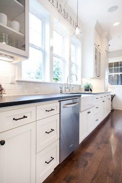 White Kitchen Cabinets Oil Rubbed Bronze Hardware
