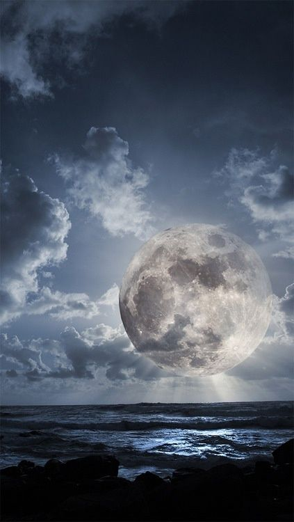 Source: phroyd - http://phroyd.tumblr.com/post/62299713342/if-the-moon-ever-gets-this-close-were-in
