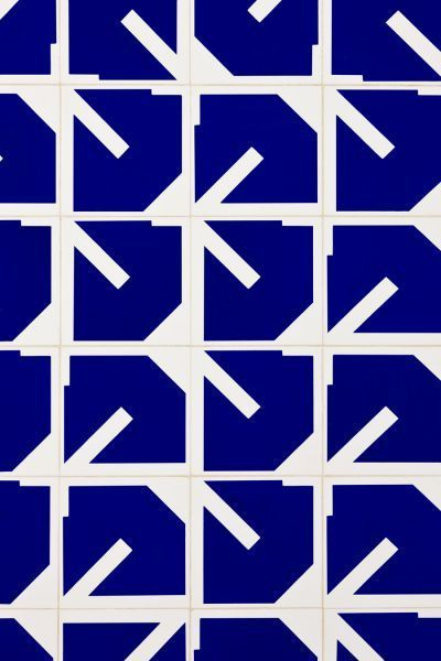 Inspired by Oscar Neimeyer - tiles - pattern - geometric - wall - mural - blue - white - shapes darkroomlondon.com/