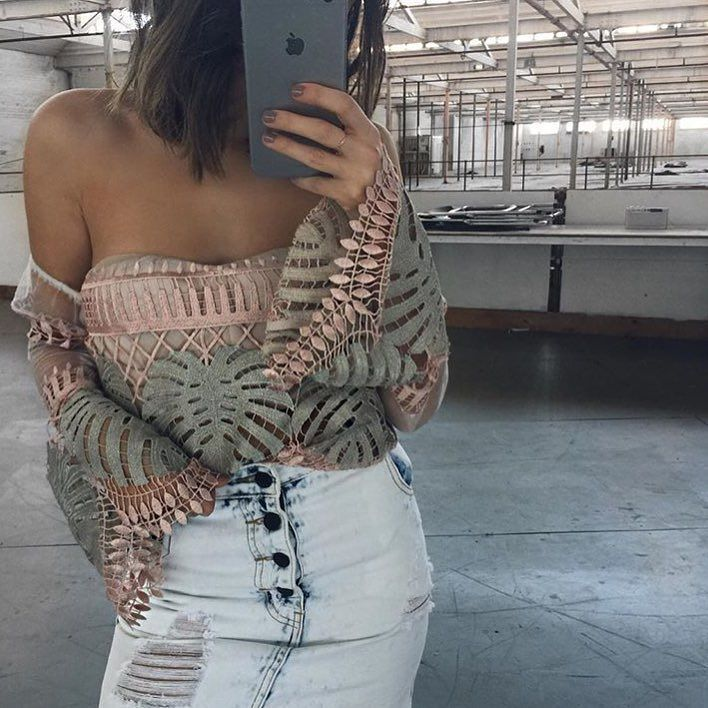 @thecon_nection wearing the @asiliothelabel 'Bird Of A Feather' Top $289.95 we have size 6 & 10 left | @afterpay.au it now in time for Christmas   #asiliothelabel #lookbook #lookbookboutique #newarrivals #alburyboutique #afterpayit #afterpay #shoplocal #fashion#fashionblogger