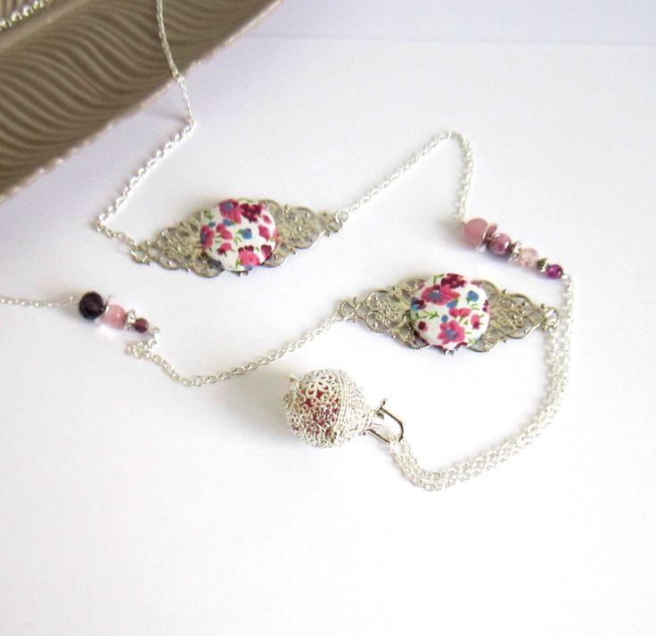 Bola de grossesse argenté rose et mauve, bohème chic, cadeau femme enceinte, cabochons coton style liberty : Collier par color-life-bijoux