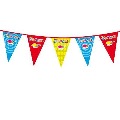 Gekleurde Carnaval vlaggenlijn 10 meter. Plastic vlaggenlijn in diverse kleuren met afbeeldingen van prins Carnaval mutsen. De vlaggenlijn is voor binnen en buiten gebruik en is ongeveer 10 meter lang.