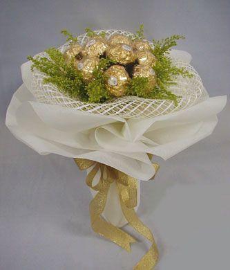 Singapore Florists - Jurliss Flowers and Ferrero Rocher Arrangement
